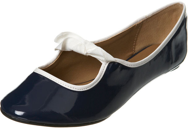 Navy Patent Bow Pump