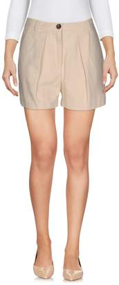 Jucca Shorts