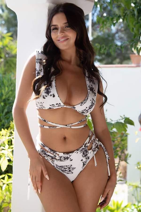 Isawitfirst White/Black Open Back Bikini Set
