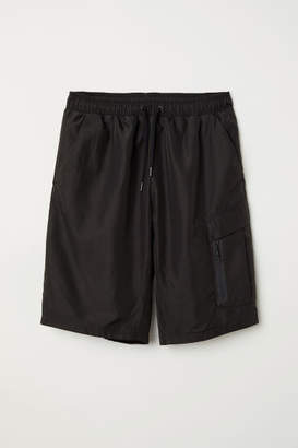H&M Cargo Shorts - Black