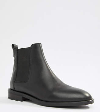 Asos DESIGN Aura leather chelsea ankle boots