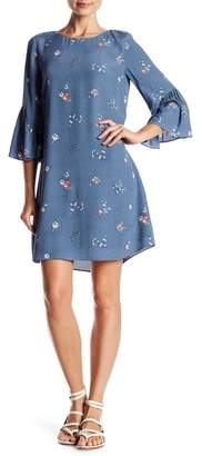 Vince Camuto Floral 3\u002F4 Bell Sleeve Dress