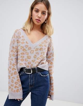Wild Honey v neck sweater in leopard