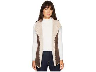 a38bc7aafb5cc ... True Grit Dylan by Faux Suede Sherpa Cozy Collar Vest Women s Vest
