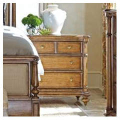 Stanley Arrondissement 3 Drawer Bachelor's Chest
