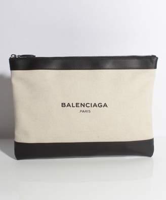 Balenciaga (バレンシアガ) - 【5%OFF】バレンシアガクラッチバッグ 420407AQ37N 1080ユニセックスブラックxホワイトF【BALENCIAGA】【タイムセール開催中】