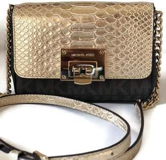MICHAEL Michael Kors Michael Kors Tina Signature Clutch Crossbody Bag - /Pale Gold
