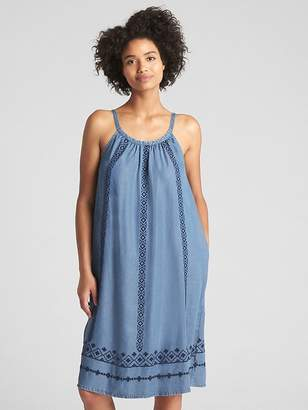 Gap Sleeveless Embroidered Midi Dress in TENCEL
