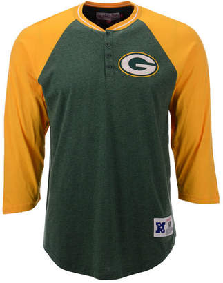 Mitchell & Ness Men Green Bay Packers Four Button Henley T-Shirt
