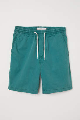 H&M Elasticized Cotton Shorts - Green