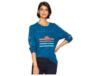 Hurley Long Sleeve Curved Tall Perfect Women's T Shirt