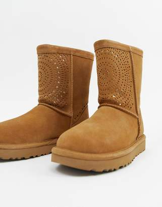 UGG Classic Short Chestnut Boots