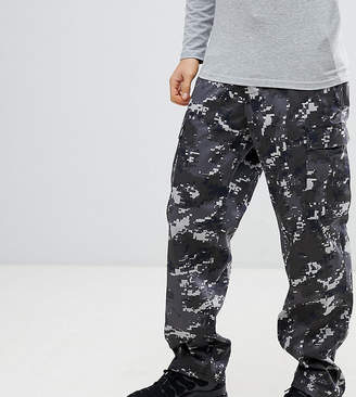Reclaimed Vintage Revived Camo Cargo Pants In Black
