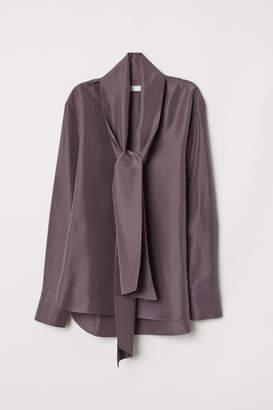 H&M Silk Blouse with Tie Detail - Purple