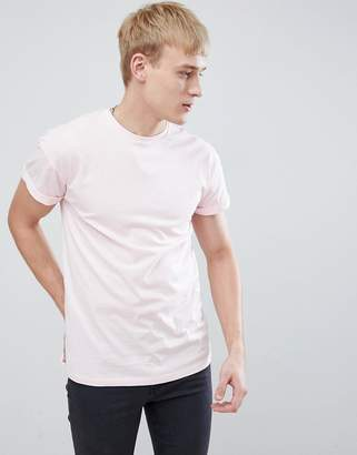 New Look T-Shirt With Roll Sleeves In Pink