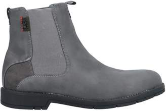 Rifle Ankle boots