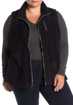 FOR THE REPUBLIC Sleeveless Zip Faux Fur Vest (Plus Size)
