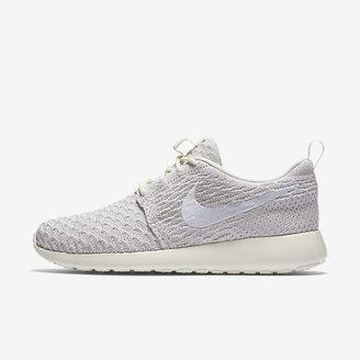 Nike Roshe Flyknit Women's Shoe $120 thestylecure.com