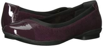 Clarks Neenah Garden Women's Flat Shoes