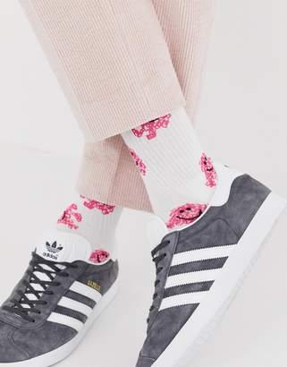 Asos Design DESIGN sport sock with mr. messy design