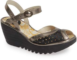 Fly London Yumo Wedge Sandal