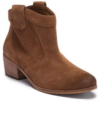 Susina Bayley Leather Bootie