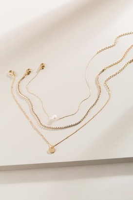 francesca's Tracey Triple Layered Choker - Gold