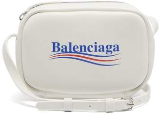 Balenciaga Everyday Xs Camera Cross Body Bag - Womens - White