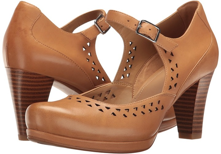 Clarks Clarks - Chorus Chime Women's Shoes
