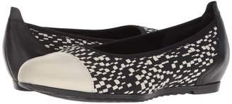 Munro American Henlee Women's Flat Shoes