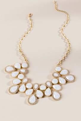 francesca's Alayna Bib Statement Necklace - Ivory