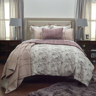 Rizzy Home BT3008 Q Vintage Butterfly Queen Bedding Set