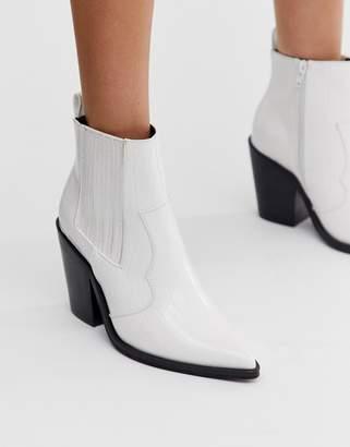 Asos Design DESIGN Elliot western boots in white croc