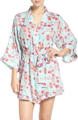 Women's Nordstrom Lingerie 'Sweet Dreams' Print Robe $58 thestylecure.com