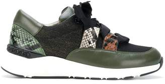 ribbon laced sneakers - Green Casadei kG5DVdpRIN