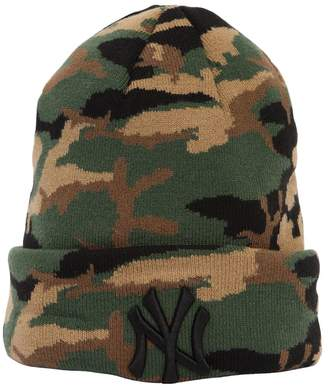 new style 39dc4 72ab1 at LUISAVIAROMA · New Era Essential Ny Yankees Camo Beanie Hat