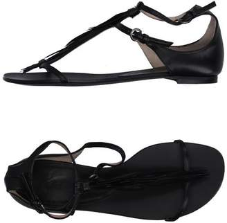 Pura Lopez Toe post sandal