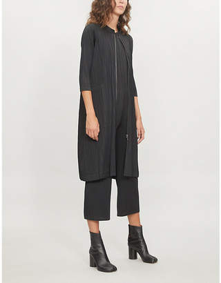 Pleats Please Issey Miyake Zipped pleated coat