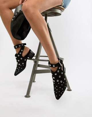 PrettyLittleThing Dome Studded Ankle Boots