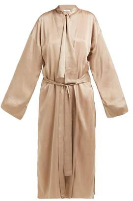 BEIGE Worme - The Long Sandwashed Silk Robe - Womens