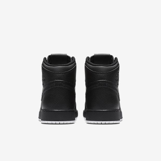 Air Jordan 1 Retro High OG Big Kids' Shoe 6
