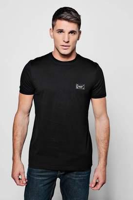 boohoo MAN Badge T-Shirt