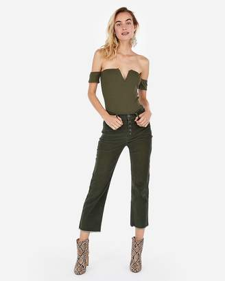 Express One Eleven Modern Rib Off The Shoulder V-Wire Bodysuit