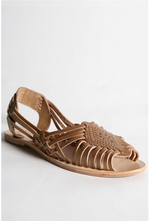 Ecote Hurache Sandal