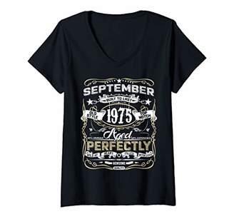 Womens Classic 44th birthday gift men women Vintage September 1975 V-Neck T-Shirt