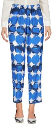 Kiltie 3/4-length shorts