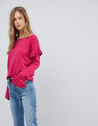 Vila Ruffle Sweater With Fluted Sleeve