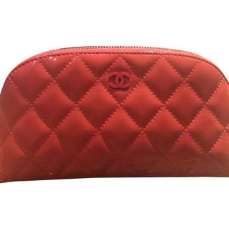 Chanel Pink Patent leather Clutch Bag