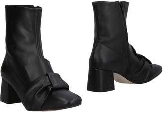 KMB Ankle boots - Item 11505994