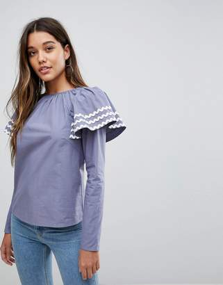 Fashion Union Blouse With Exaggerated Shoulder Detail